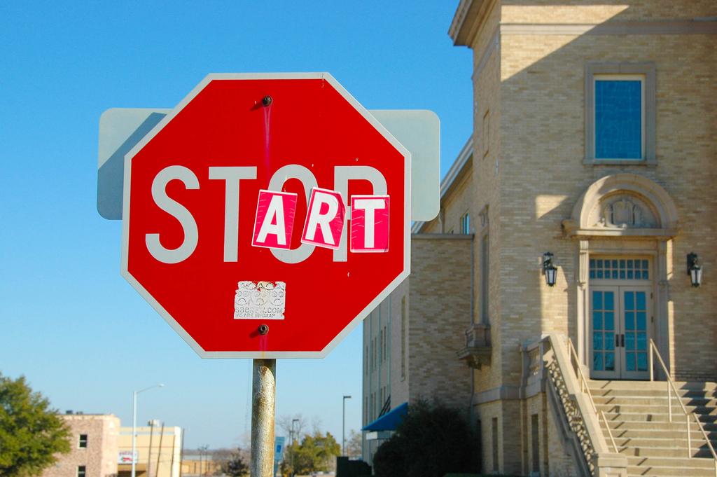 Stop/Start Sign